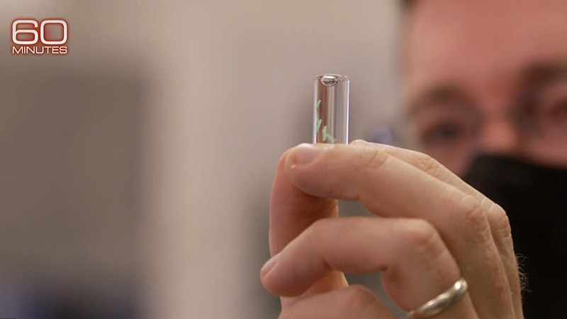 Military Unveils Next Stage of COVID Vaccines on 60 Minutes: Implantable Microchips 41633564-9460389-The_green_gel_seen_in_a_lab_contains_a_microchip_which_senses_wh-a-62_1618201351339