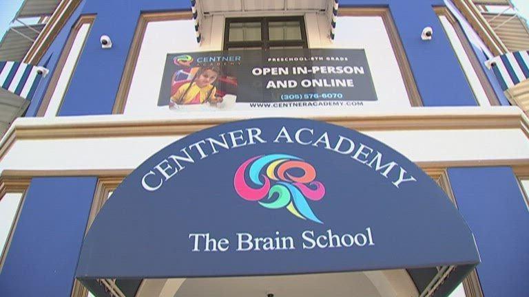 VAXXIDENTS Centner-Academy