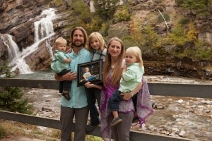David-Stephan-family-by-waterfall-300x200-2